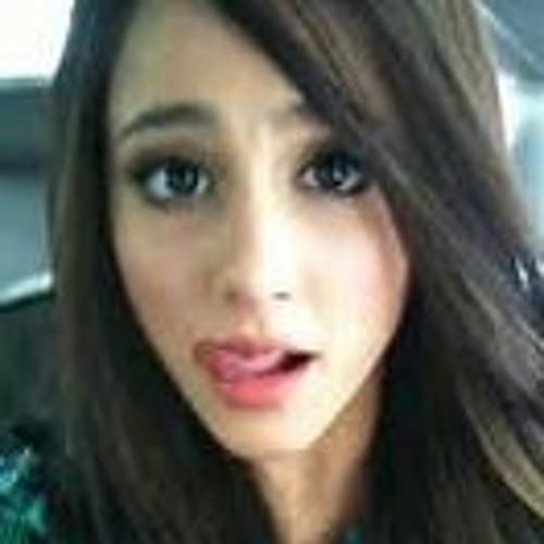 user422911697's avatar