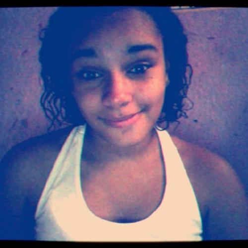 Mari Souza 18's avatar