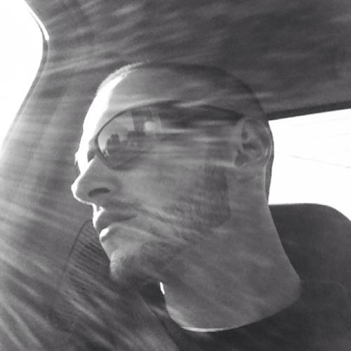 costeezie's avatar