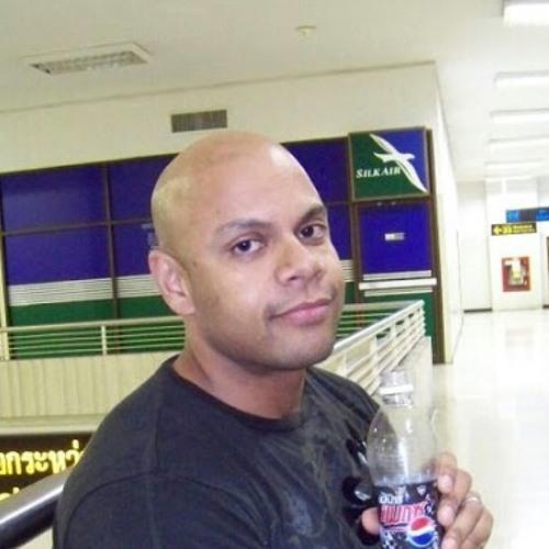 ricdzl's avatar
