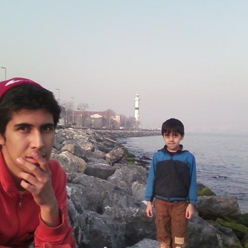 Amir Aratoud's avatar