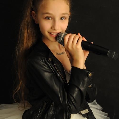 LIUDY(Liudmila Loglisci)'s avatar