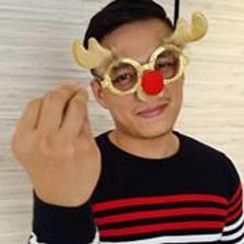 JiaMëng Lëong's avatar