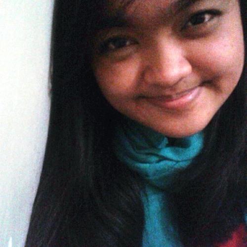 i_am_crys's avatar