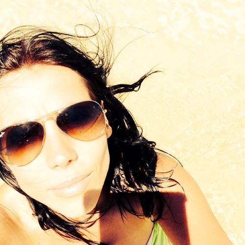 Julia Semenova's avatar