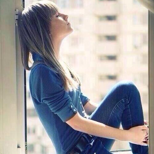 Chloe Belle Estilo's avatar