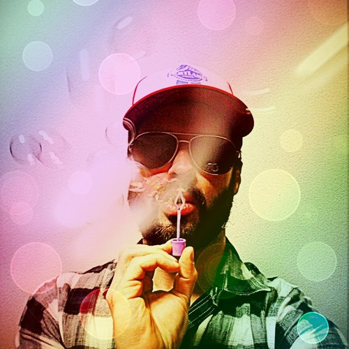 AaronLum's avatar