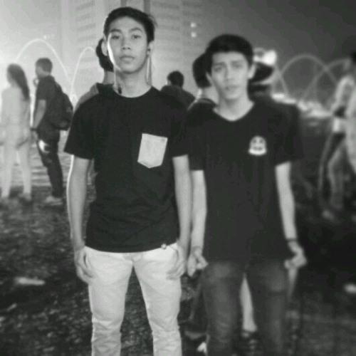 khairil105's avatar