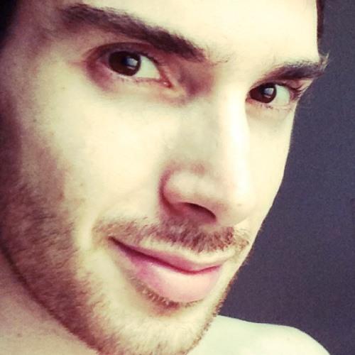 Lucas Dmitrasinovich's avatar