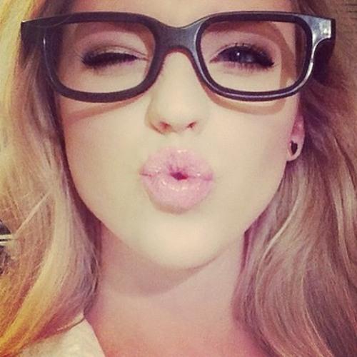 Brooke LEWI$'s avatar