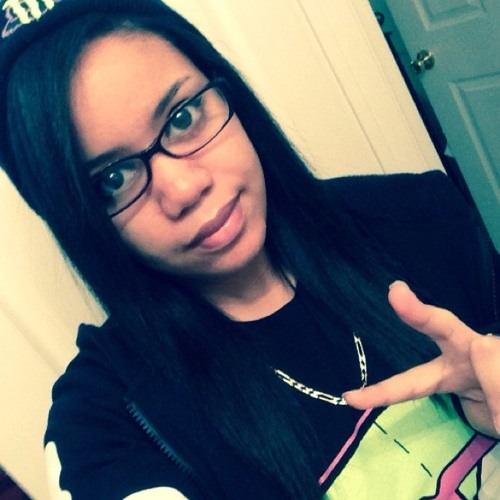 Clara Lopez 8's avatar