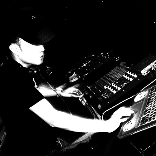 DJ Becareful's avatar
