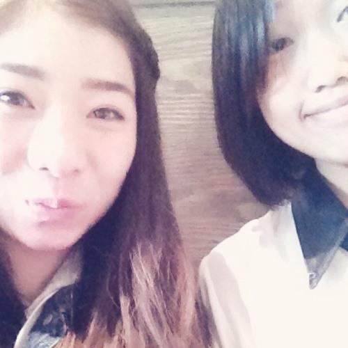 Cherie Lau's avatar
