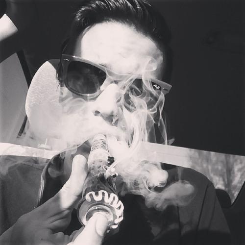 Paper Planes (Trap remix rough demo)