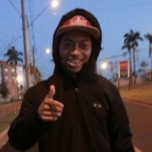 Luis Guilherme 84's avatar