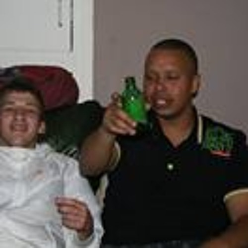 Martyn Green 2's avatar