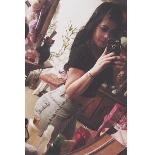 Yadera Rivera's avatar