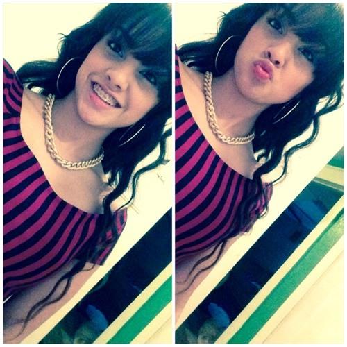 Esmee ;*'s avatar