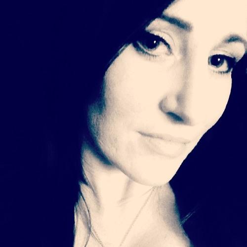 Allyson Elizabeth's avatar