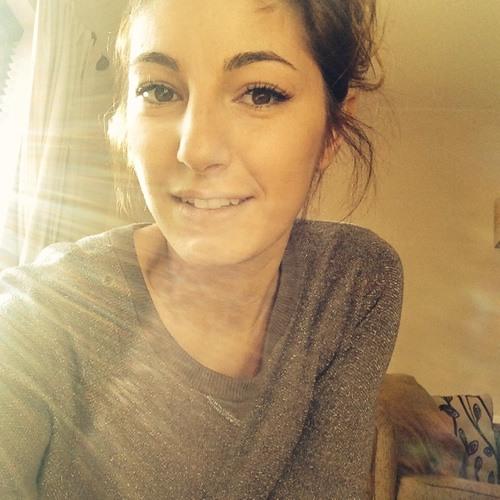 *Laura-Amelia*'s avatar
