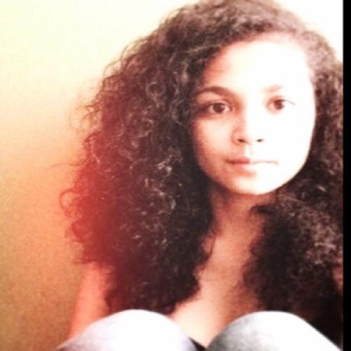 Khariza Agatha's avatar