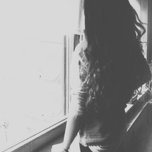 Leila Bencharki's avatar