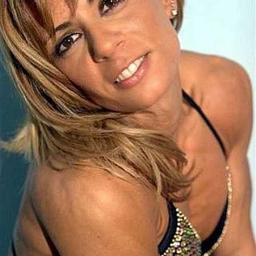 Erika Taylor's avatar