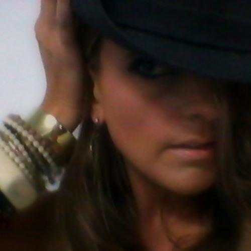 Samantha Bender 5's avatar