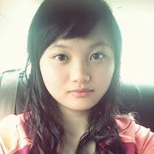 Joy Tee's avatar