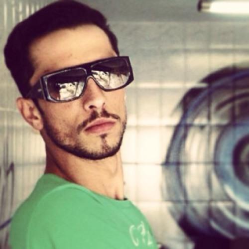 Romulo Sanches's avatar