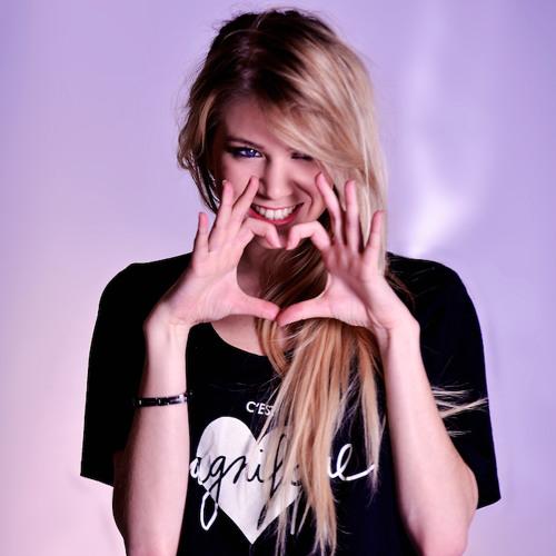 DJ Liz Candy's avatar
