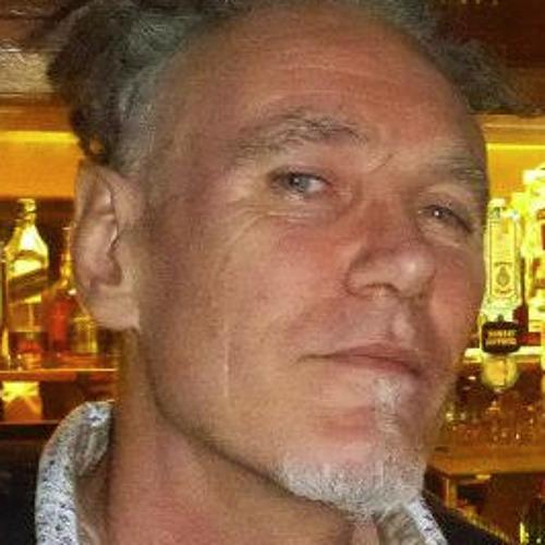 Nick Moxsom's avatar