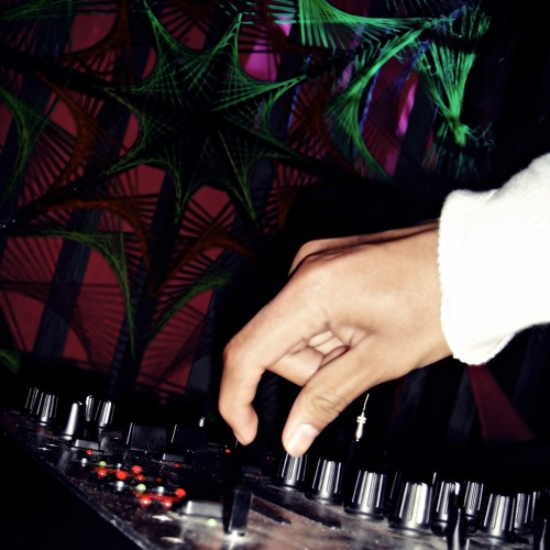 Exilee.Music's avatar