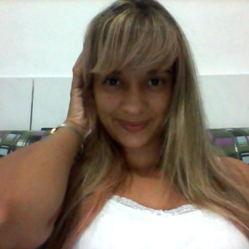 Paloma Yara's avatar
