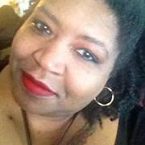 Roz Thomas 1's avatar