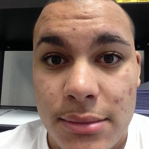 Byron vison's avatar