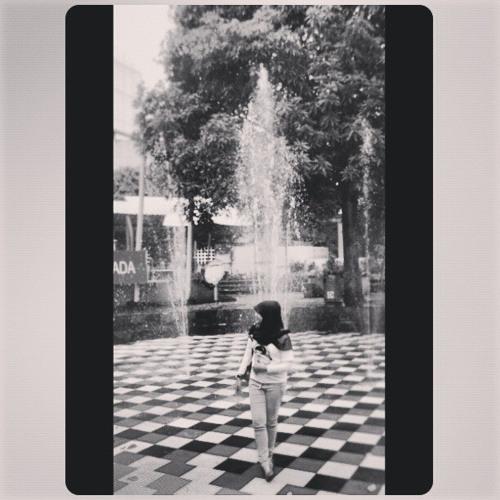 Reina Yunidasari's avatar