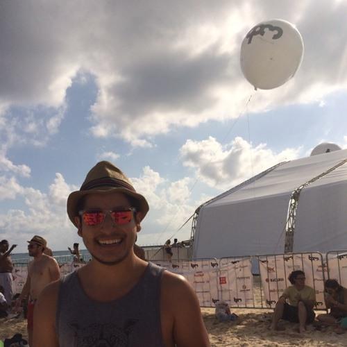 Mauricio Castro 13's avatar