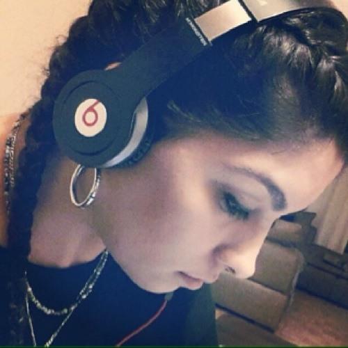 DJ Zahra's avatar