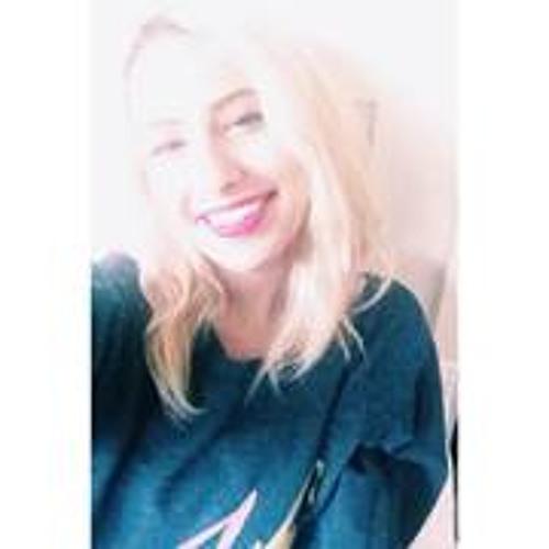 Fatima Althani's avatar