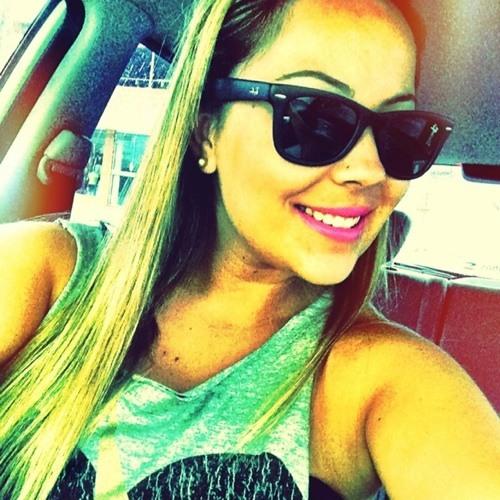 Luise Souza's avatar