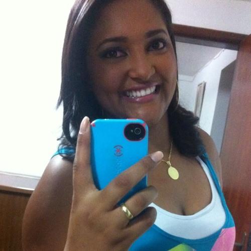 Renata Souza 49's avatar
