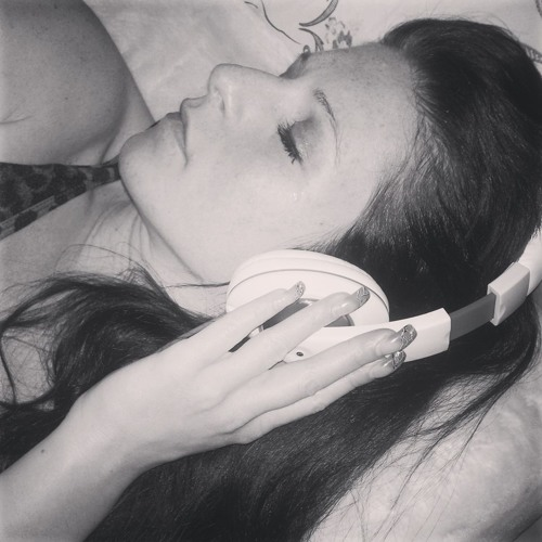Sahina Becker's avatar