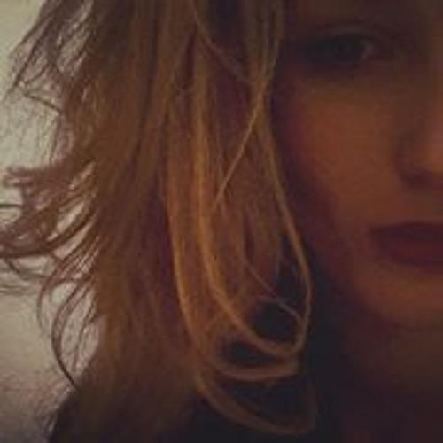 Ella Louisa Roth's avatar