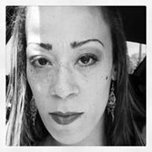 Lynne Vas's avatar