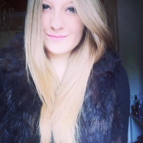 Emilie Vosshenrich's avatar