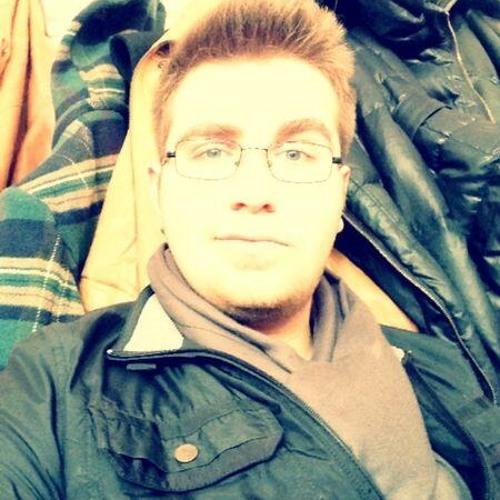 Ozgun Metin's avatar