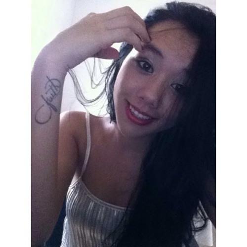 Carolina Lamim's avatar
