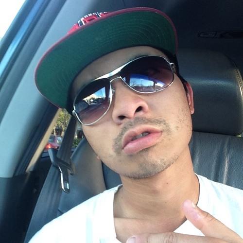 andrewswagga's avatar
