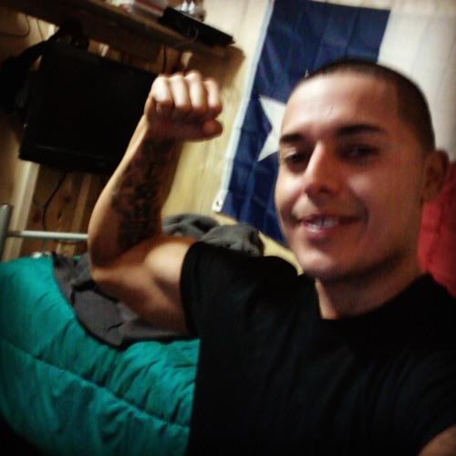 Gabriel Lara's avatar